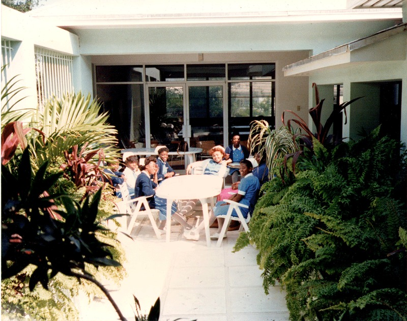 Students outside of the Bahamas School of Nursing